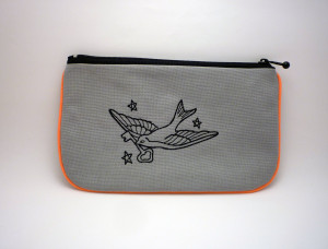 La trousse plate fluo orange swallow